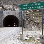 perhaps-world-highest-tunel-for-cars