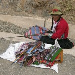 pisac_woman-weaving-webend